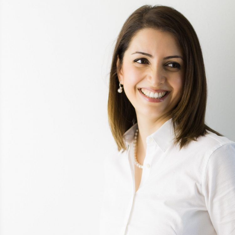 Dr.Mona AFRAND Norburn dental dentist burnaby